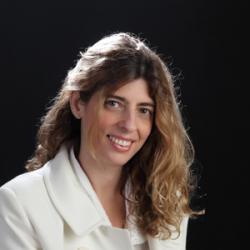 Julia Sanadres Frade