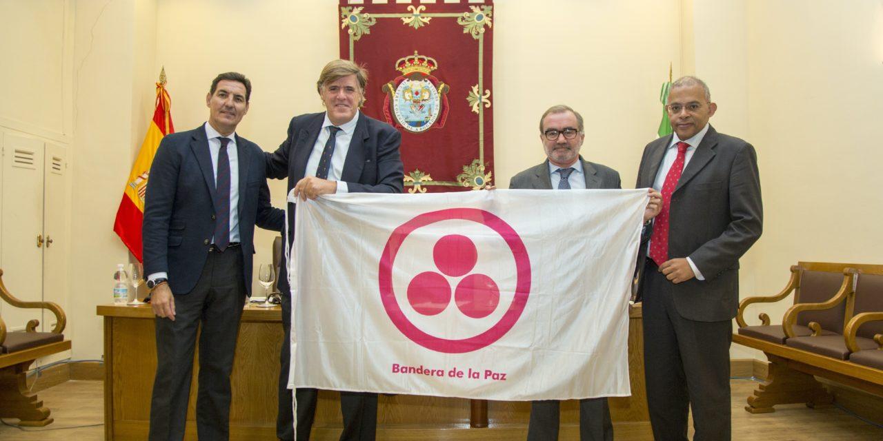 Entrega de la Bandera de la Paz