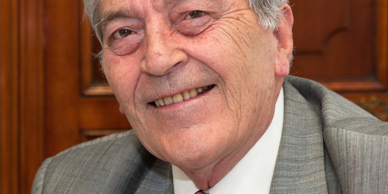 A la memoria de Don Enrique Álvarez Martín.