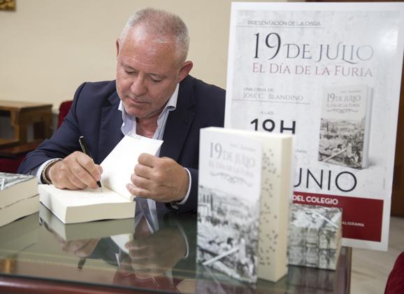 Presentación del libro 19 de julio. El día de la Furia