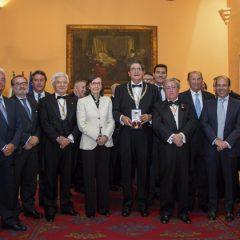 El Colegio ingresó en la Real Academia Sevillana